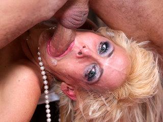 Mikki Lynn gets hard phallus in her throat in 69